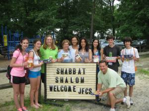 Food drive for JFCS at JCC Camps at Medford